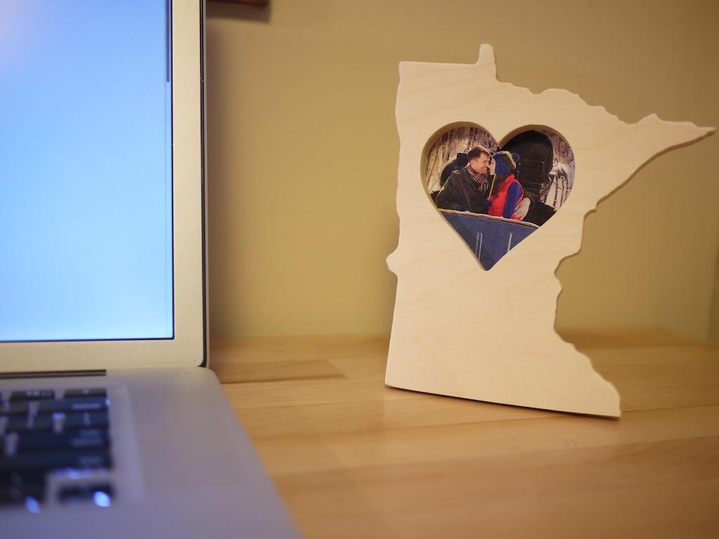 MN Sweetheart Frame 002